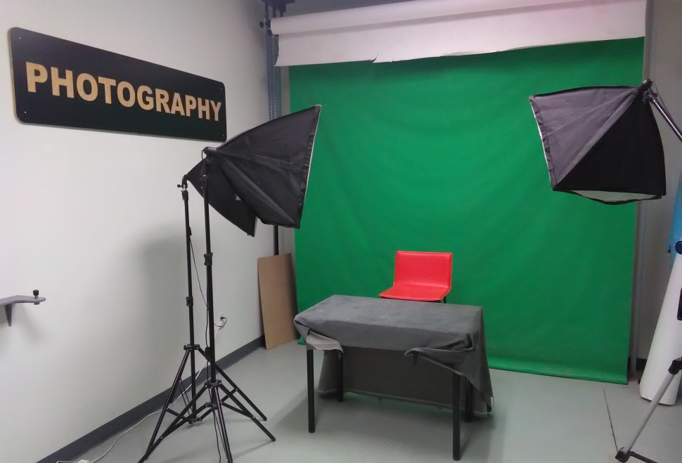 Our photography studio is the perfect place to share your work